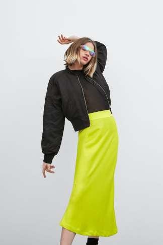 12 prendas low cost verde flúor | falda flúor Zara